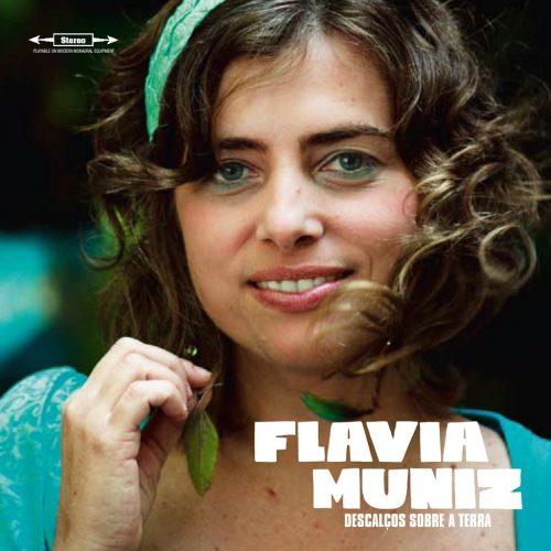 PDCD-097 Flavia Muniz – Descalcos sobre a terra